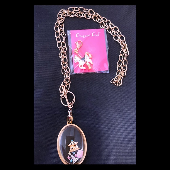 Locket Dangle Collector - perfect to add your favorite dangles ... | 580x580